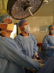 Dr. Andres Franco (right) assists Dr. Ricardo Buitrago (left) during VATS cardiac denervation