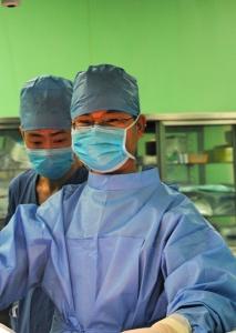 Dr. Hu
